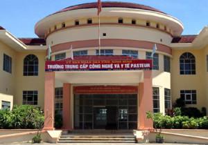 Trường Trung cấp Công nghệ và Y tế Pasteur.
