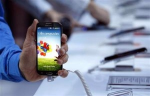 Sam sung ra smartphone nhanh gấp 2 lần Glaxy S4