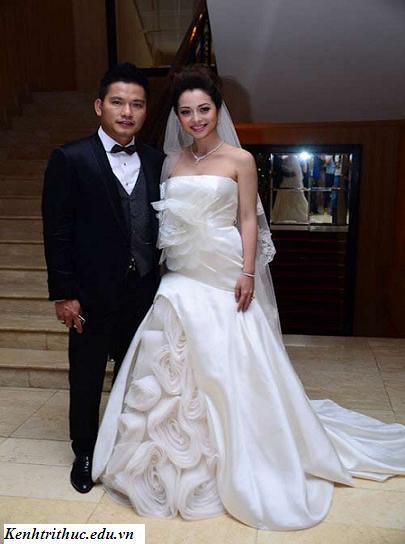 Jennifer Phạm đẹp rạng ngời trong đám cưới lần 2, Jennifer Pham dep rang ngoi trong dam cuoi lan 2