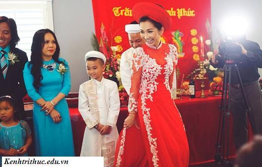 Kim Hiền đẹp rạng ngời trong đám cưới lần 2, Kim Hien dep rang ngoi trong dam cuoi lan 2